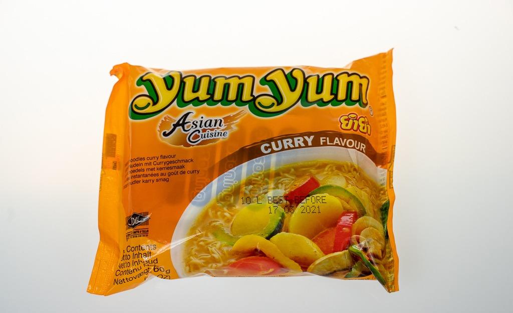 Yum Yum Asian Cuisine Hazır Erişte Köri Soslu 60 G